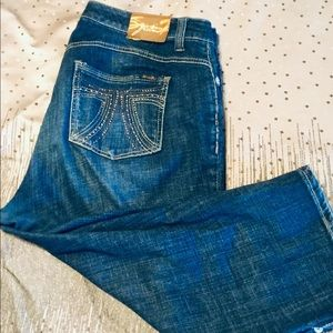 Seven7 cropped denim jeans